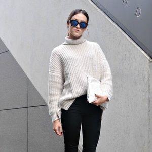 Zara Knit Cream Turtleneck Pullover Sweater Medium